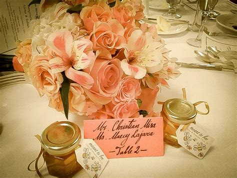 10 Wedding Table Decoration and Place Setting Ideas from