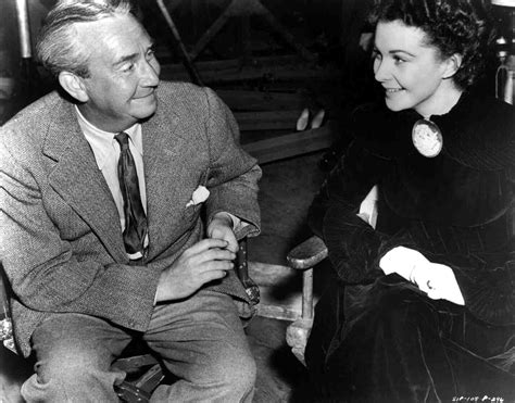 Director Victor Fleming and Vivien Leigh ob the set of