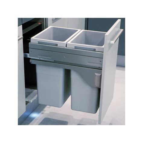 poubelle int馮r馥 meuble cuisine poubelle bacs 70l gris clair ilovedetails com