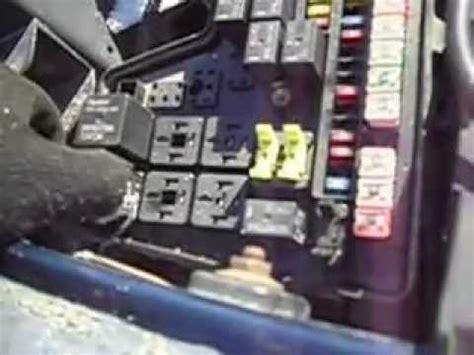 2003 Dodge Ram Fuse Box Location by 2006 Dodge 2500 Ac Relay Location