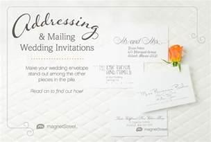 sending wedding invitations get the scoop addressing wedding invitationstruly engaging wedding