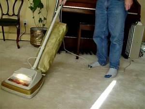 Eureka E2073 Upright Vacuum