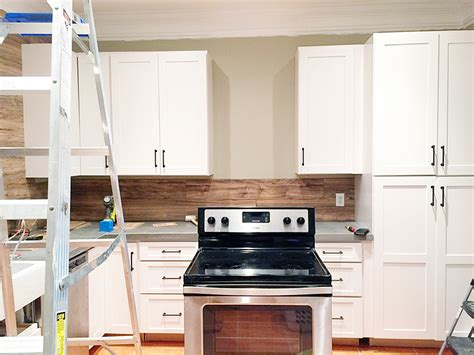 laminate flooring kitchen backsplash laminate flooring backsplash it looks like wood bower power bloglovin
