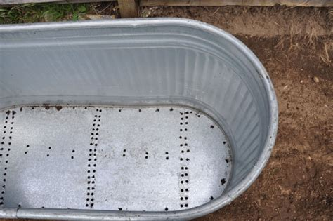 Galvanized Water Trough Tub by Top 30 Planters Diy And Recycled