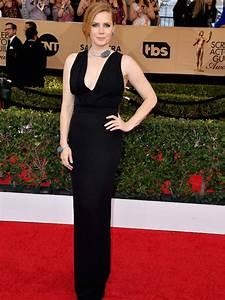 SAG Awards 2017 - Nicole Kidman and Amy Adams put on VERY ...