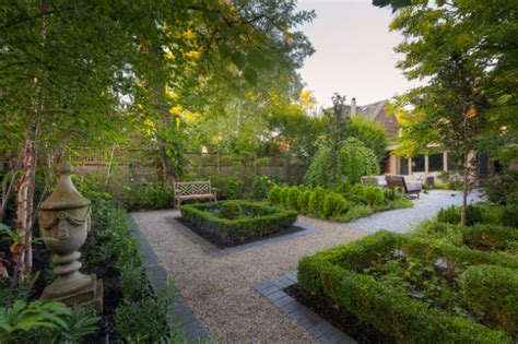 Landscape Backyard Design Ideas by 18 Mesmerizing Traditional Landscape Designs For A