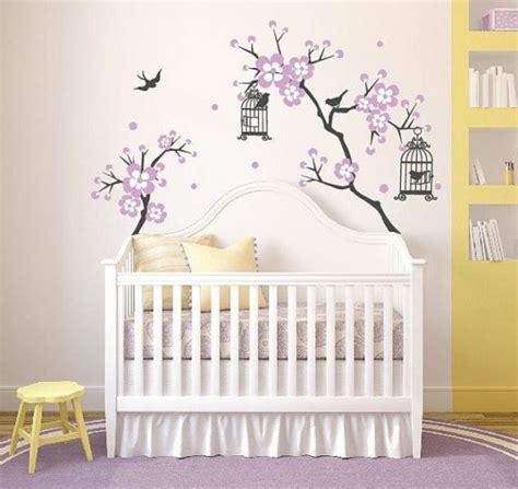 chambre bébé arbre stickers arbre blanc chambre bebe chaios com