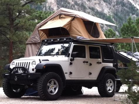 jeep tent inside i 39 m liking this whole 39 top of suv 39 tent deal one for