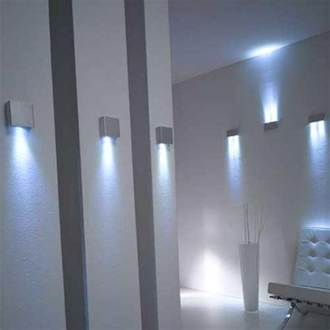 Illuminazione Studio Come Illuminare L Ufficio O Locale Studio Arredamento X
