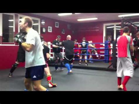 s 233 ance de boxe dans la salle de fabrice bernardin