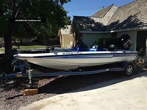 2004 Champion Boats 188 Elite