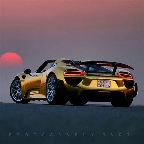 gold porsche  spyder autofluence