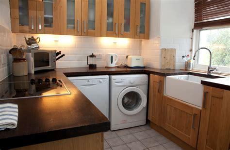 kitchen design with washing machine www islayholidaycottage co uk an cala self catering 7999