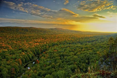 porcupine mountains state michigan park upper peninsula wilderness parks mountain 10best sunset travel winners lake posters vote awards readers choice