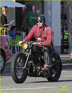 Moto Style Harley : david beckham on a bike doesn 39 t get much better awesomeness pinterest beckham ~ Medecine-chirurgie-esthetiques.com Avis de Voitures
