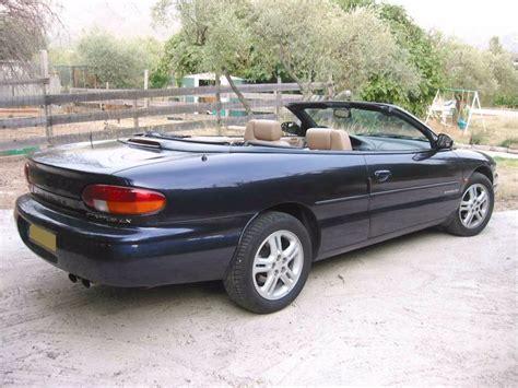 essai chrysler stratus cabriolet 2 5 l v6 163 ch automobile info