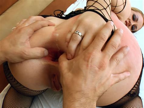 Aline Big Ass Getting Anal Gaped And Fucked