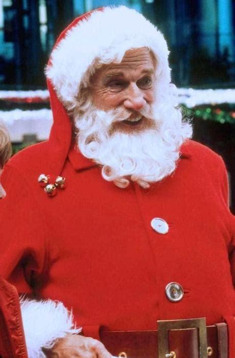 leslie nielsen as santa santa who leslie nielsen pictures to pin on pinterest