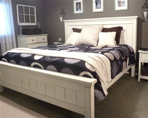 Do It Yourself Bedroom Decor by King Farmhouse Bed Do It Yourself Home Projects From