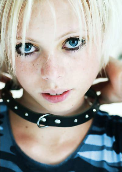 Cute Teen Girls With Petite Body 43 Pics