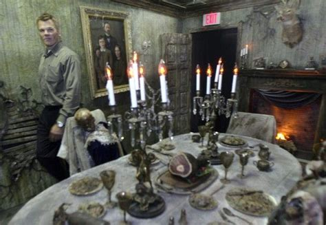 dinning room haunt rooms pinterest tables haunted