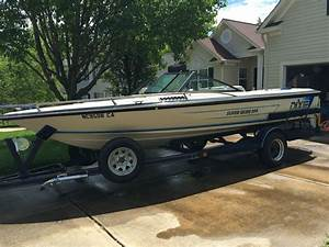 Dixie Boat Works Super Skier 299 1990 For Sale For  100