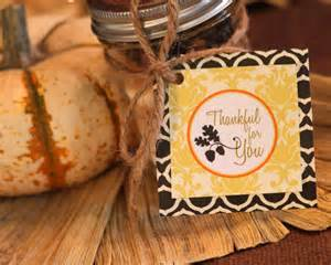 amanda 39 s to go freebie fall gift tag