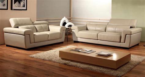 peindre un canapé en simili cuir canape cuire canape cuir ikea id es de d coration la