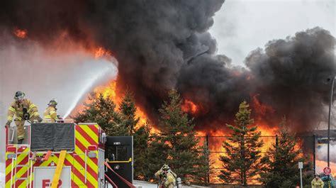 massive fire breaks   auburn hills manufacturing plant