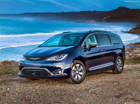2018 Chrysler Pacifica Changes, Release Date, Price