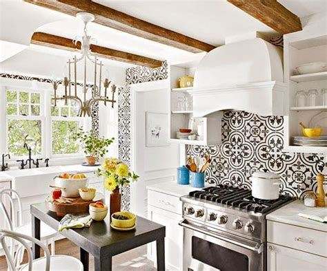 kitchen tile backsplash pictures 1000 ideas about moroccan wallpaper on 6246
