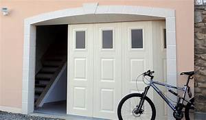 Porte de garage coulissante motorisee avec portillon 1 for Porte de garage coulissante avec porte pvc