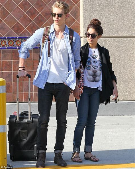 Vanessa Hudgens and boyfriend Austin Butler quickly jet out of Vegas just hours after grand ...
