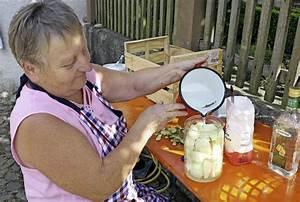 Einwecken Im Glas : einwecken f r aufgeweckte so kommt der geschmack ins glas eichstetten badische zeitung ~ Whattoseeinmadrid.com Haus und Dekorationen