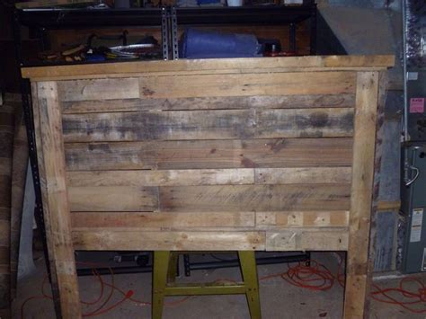 queen size pallet headboard pallets fabulous ideas