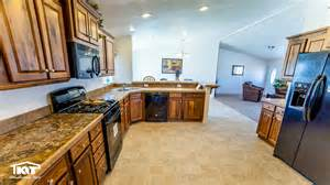 cedar kitchen cabinets washington home center in shelton wa manufactured home 2032