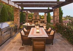 Patio with kitchen and fireplace outdoorkitchen patios for Kitchen patio ideas