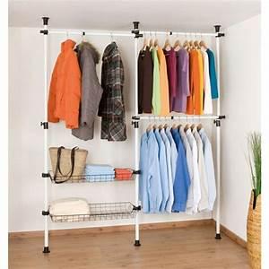 Kleider Aufhängen Stange : kleiderstange f r wand 24 originelle modelle ~ Michelbontemps.com Haus und Dekorationen