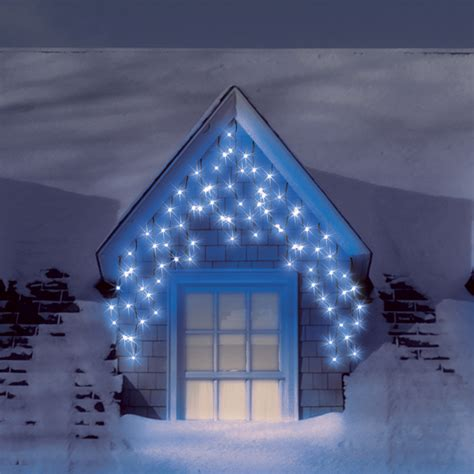blue outdoor christmas lights blue icicle lights outdoor 15 ways to deliver a