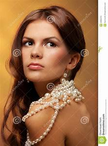 Girl With Pearls Necklace Royalty Free Stock Photo - Image ...