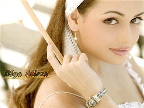 Actress Photographs Diya Mirza Sexy Actress Photographs