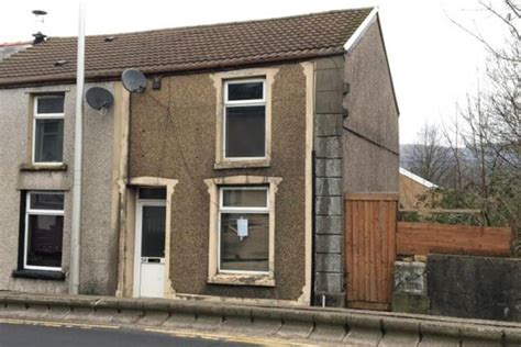 Residential Property Rhondda Cynon Taff CF44 £29,000 | UK ...