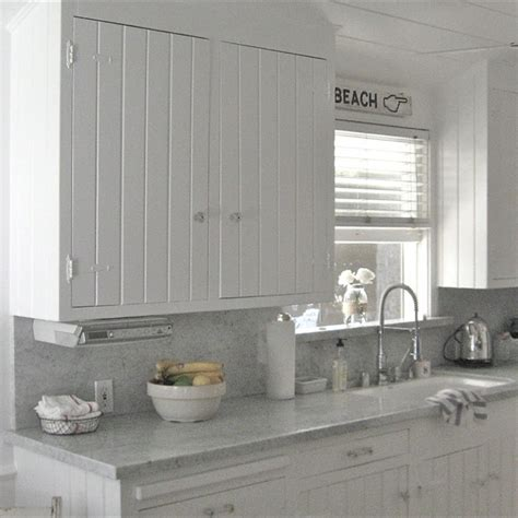 simple touches to bring cottage beach cottage kitchen ideas simple touches to bring cottage style decor into your home