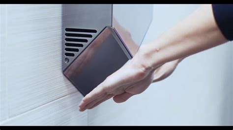 dyson hand dryers spread  germs  paper towels
