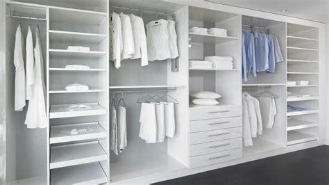 System Für Begehbaren Kleiderschrank by Begehbarer Kleiderschrank Mit Schiebet 252 Ren Ankleide