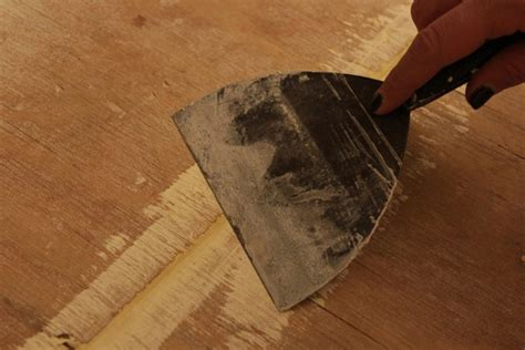 Wood putty is the best filling agent for use on outdoor furniture as it not only resists shrinkage but for that reason cork is the traditional material for filling such gaps. Photos: Painted Subfloor   Knock It Off!   The Live Well Network