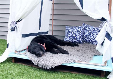 DIY Outdoor Dog Bed Lounger | The DIY Dog Mom