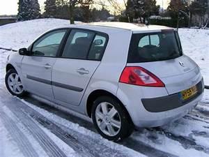 Megane 2005 : used renault megane 2005 petrol 1 6 vvt dynamique 5dr hatchback silver edition for sale in ~ Gottalentnigeria.com Avis de Voitures