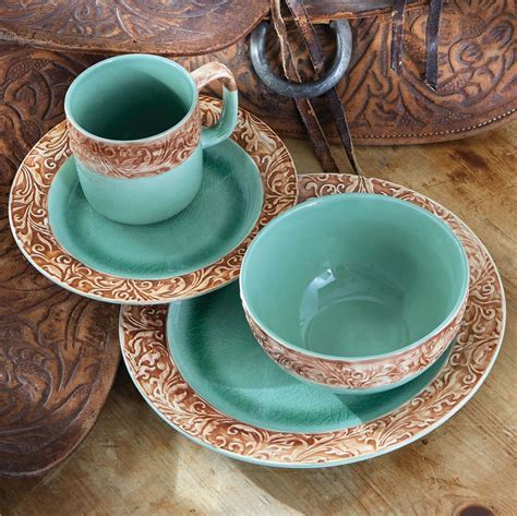 Western Scroll Turquoise Dinnerware Set   16 pcs