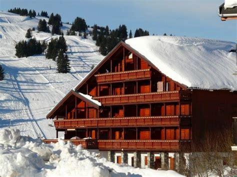 chalet a vendre les saisies location appartement en chalet le cristal des neiges les saisies 13122 chalet montagne